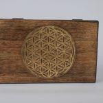 Holzbox mit Blume des Lebens